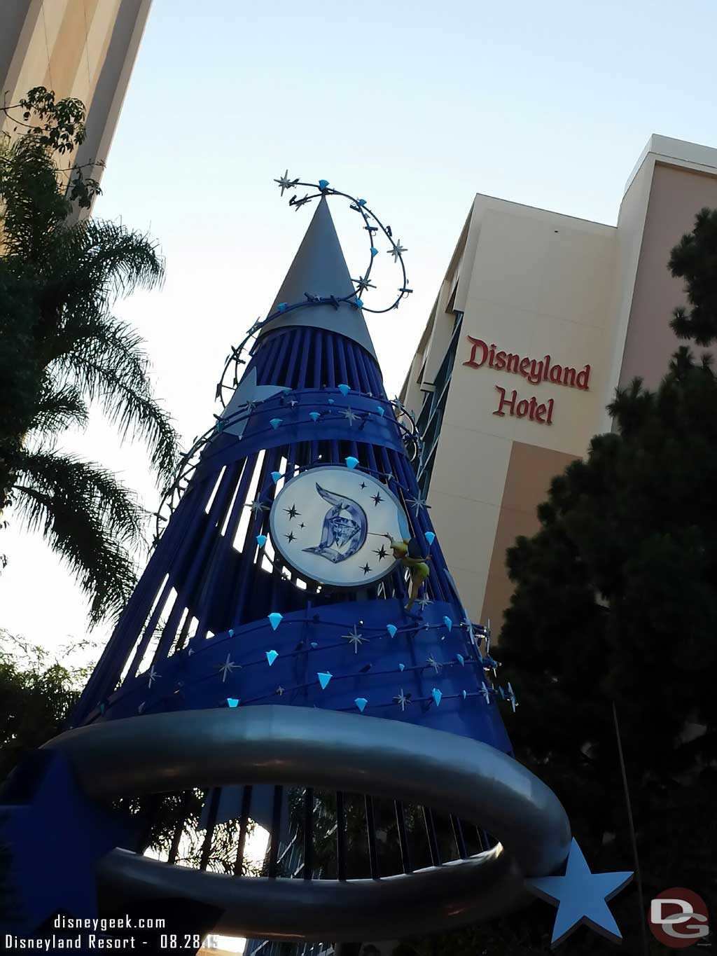 The #Disneyland Hotel sorcerer hat has diamonds for #Disneyland60