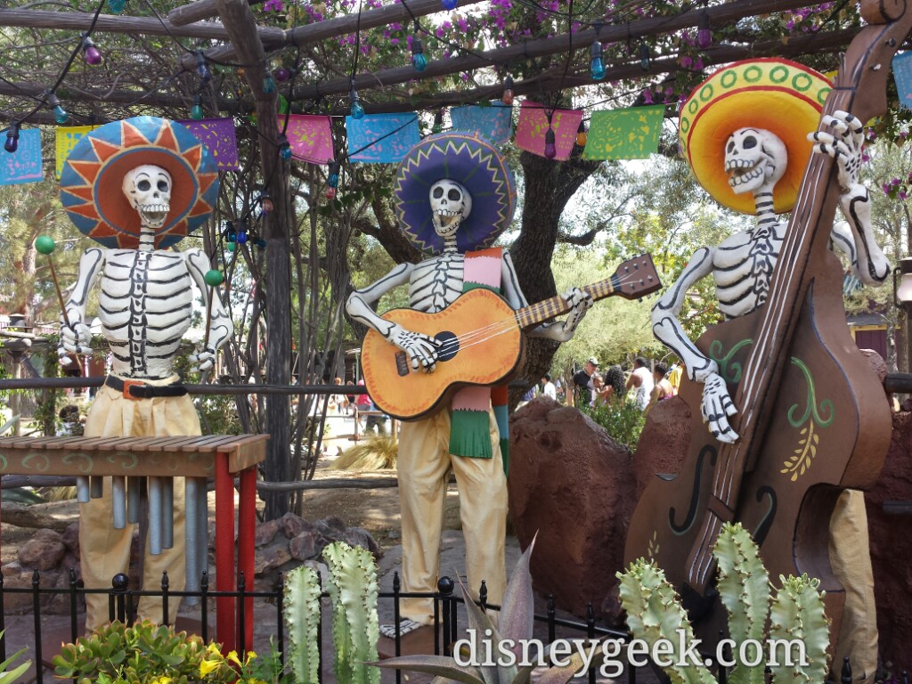 Dia de los Muertos is celebrated in Zocalo Park #Disneyland #HalloweenTime