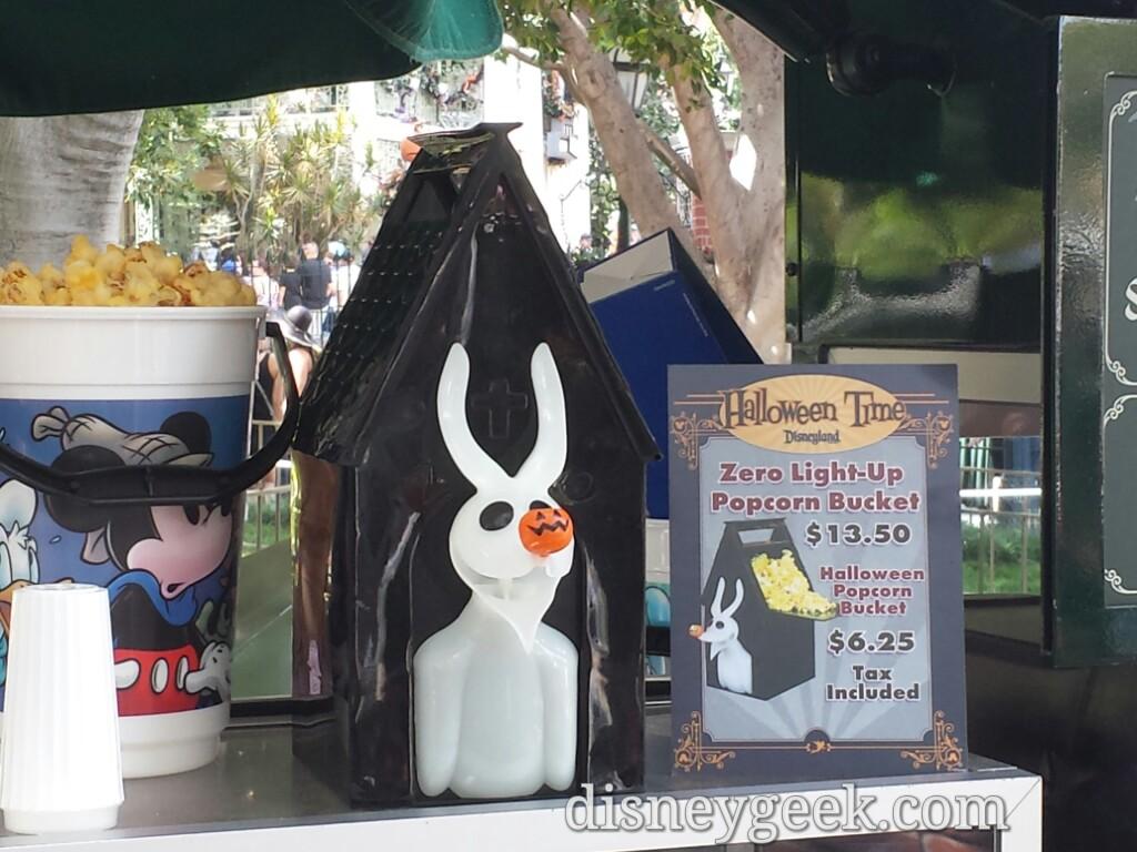 Disneyland Halloween Popcorn Bucket 2019.Zero Popcorn Buckets Are Available In New Orleans Square