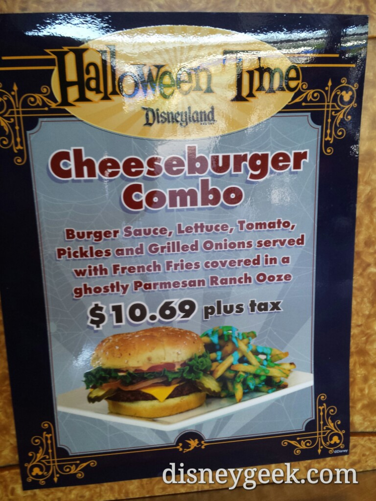 #Halloween Time cheesburger combo at Tomorrowland Terrace #Disneyland