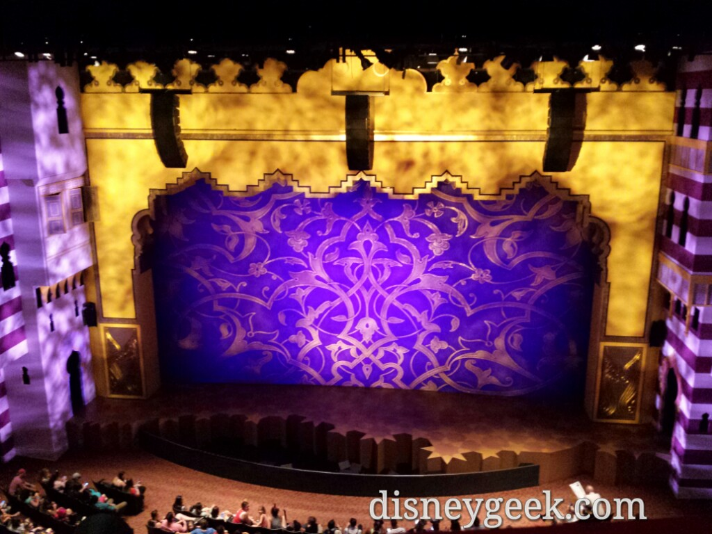 The use of iPads during Aladdin is prohibited & was met with applause