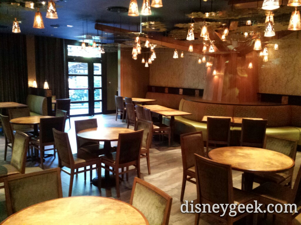 Stopped by the Golden Forest Lounge on the way out #DLP