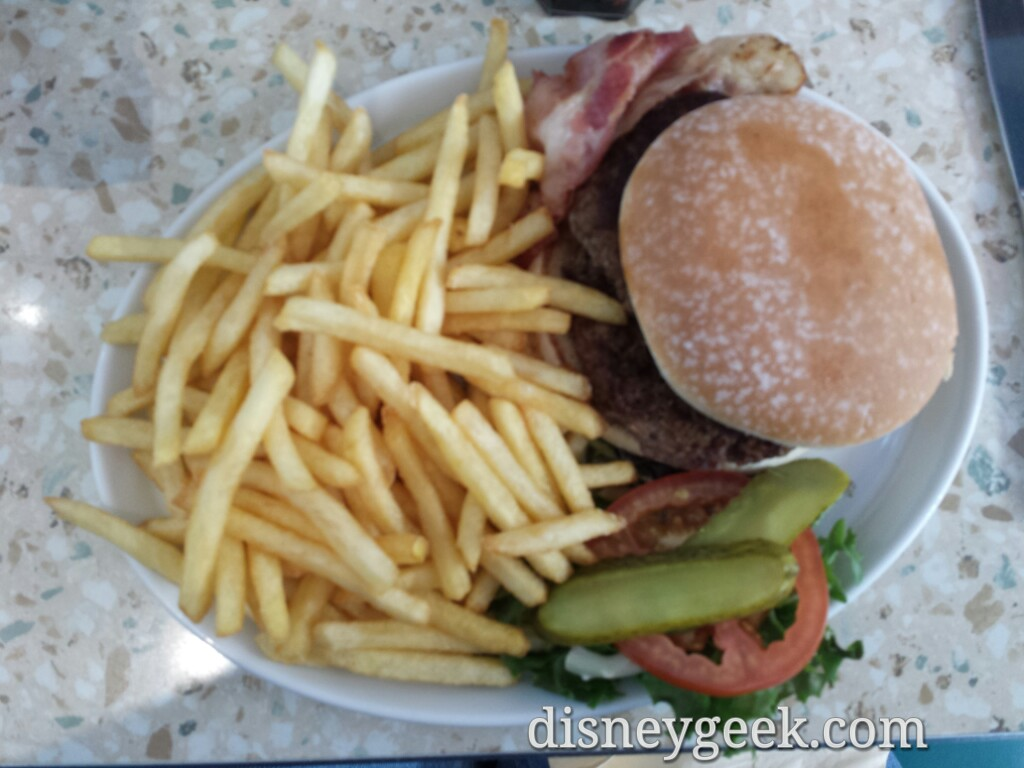 I had a hamburger & fries at Annette's #DLP