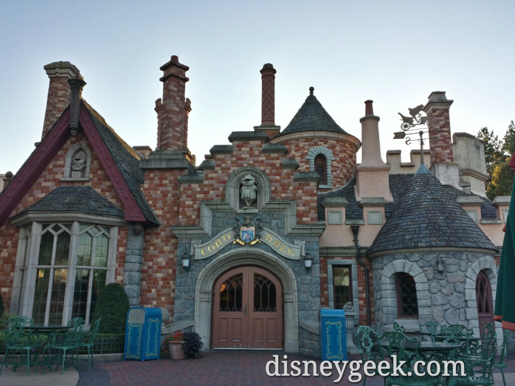 Toad Hall is a restaurant not an attraction #DisneylandParis
