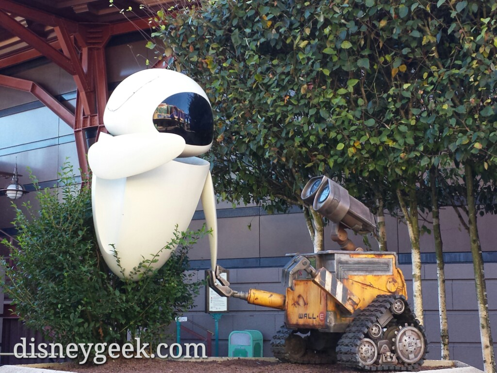 #Wall-E & Eve #DisneylandParis