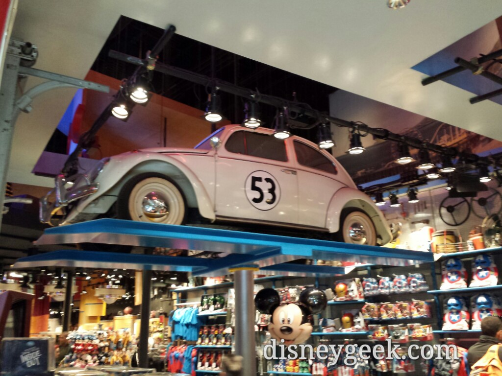 Herbie on a lift inside a store at Walt Disney Studios Park