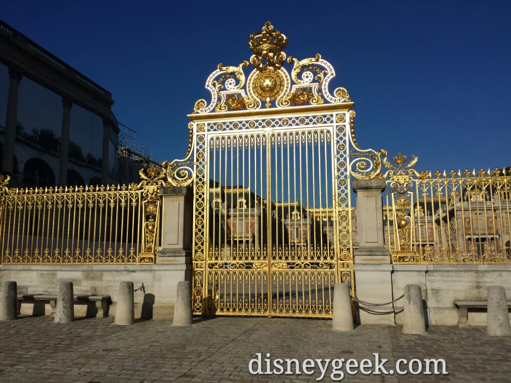 The front gate at Chateau De #Versailles #Paris