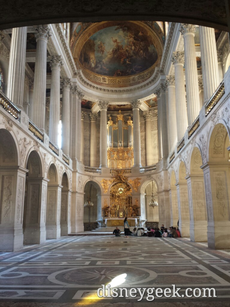 A chapel inside Chateau De #Versailles #Paris