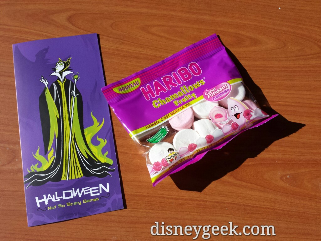 Treats you get for visiting #Halloween character photo spots #DisneylandParis