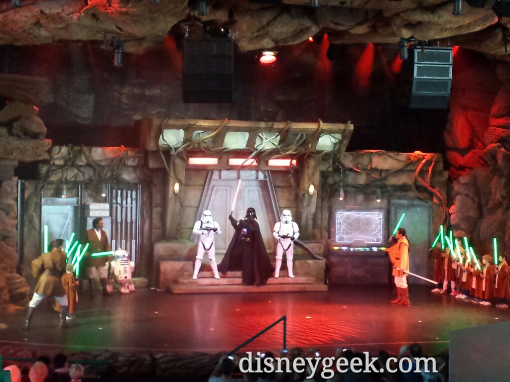 Jedi Training Academy going on #StarWars #DisneylandParis