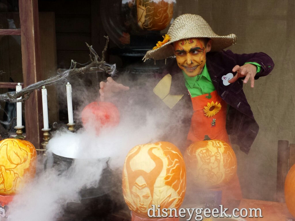 Pumpkin Carving in Frontierland