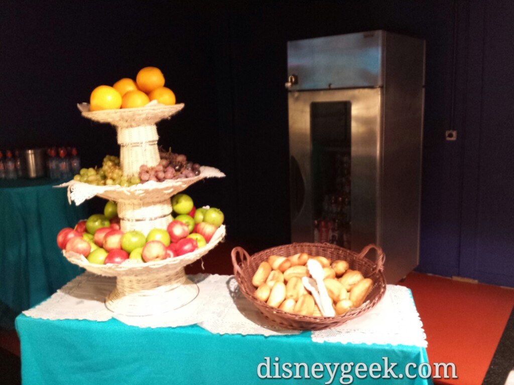 Fresh fruit and bread at Pizza Planet #DisneylandParis