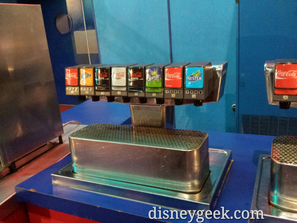 Self serve fountain drinks included at Pizza Planet #DisneylandParis