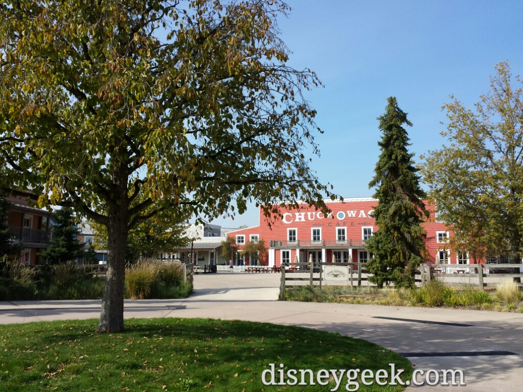 Looking back toward the lobby before moving on at Hotel Cheyenne #DisneylandParis