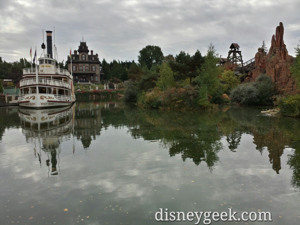A look across the river in Frontierland #DisneylandParis