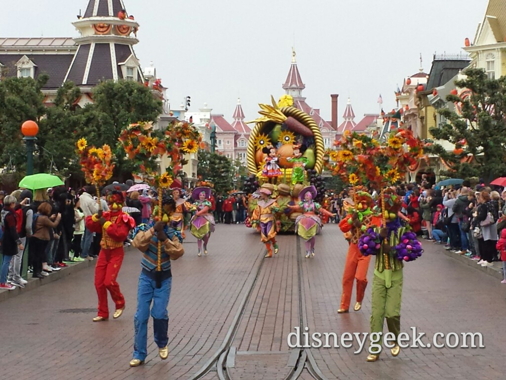 La Celebration Halloween de Mickey (Mickey's Halloween Celebration) on Main Street USA