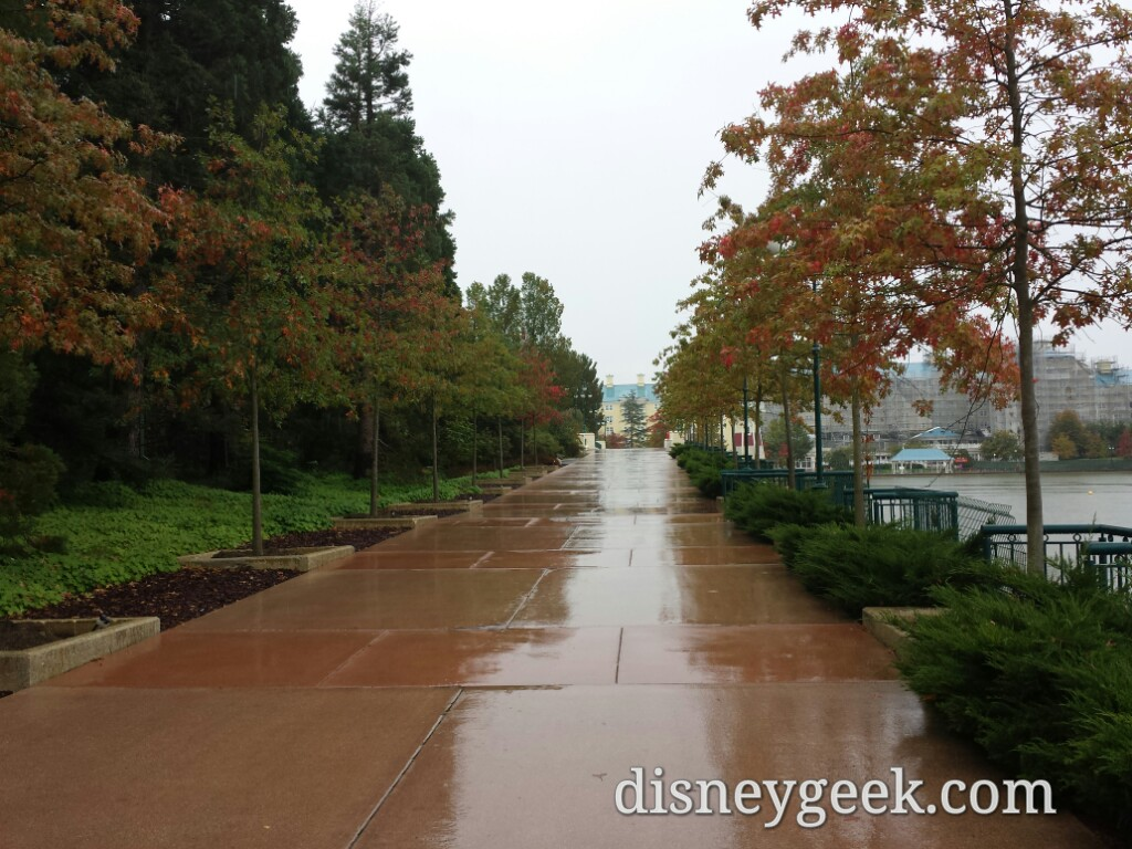 Walking toward Disney's Newport Bay Club #DisneylandParis