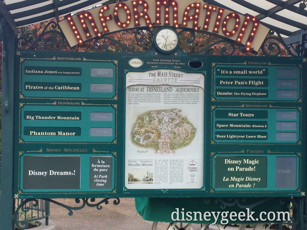 #DisneylandParis waits just after 10:30am