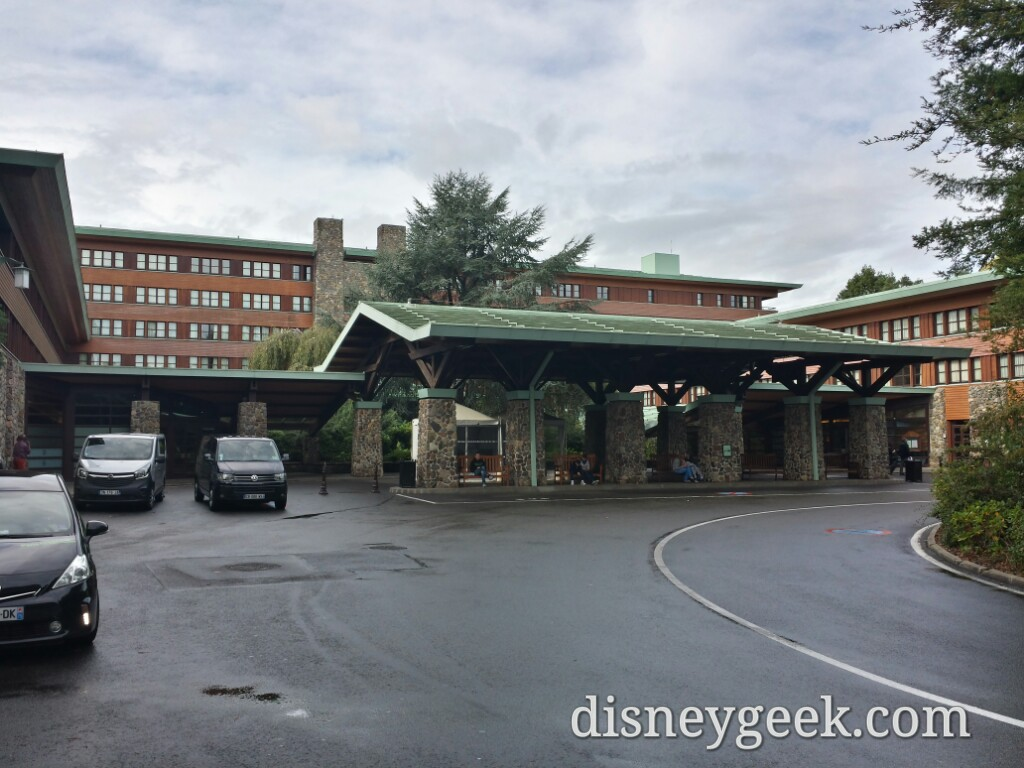 The front of Disney's Sequoia Lodge #DisneylandParis