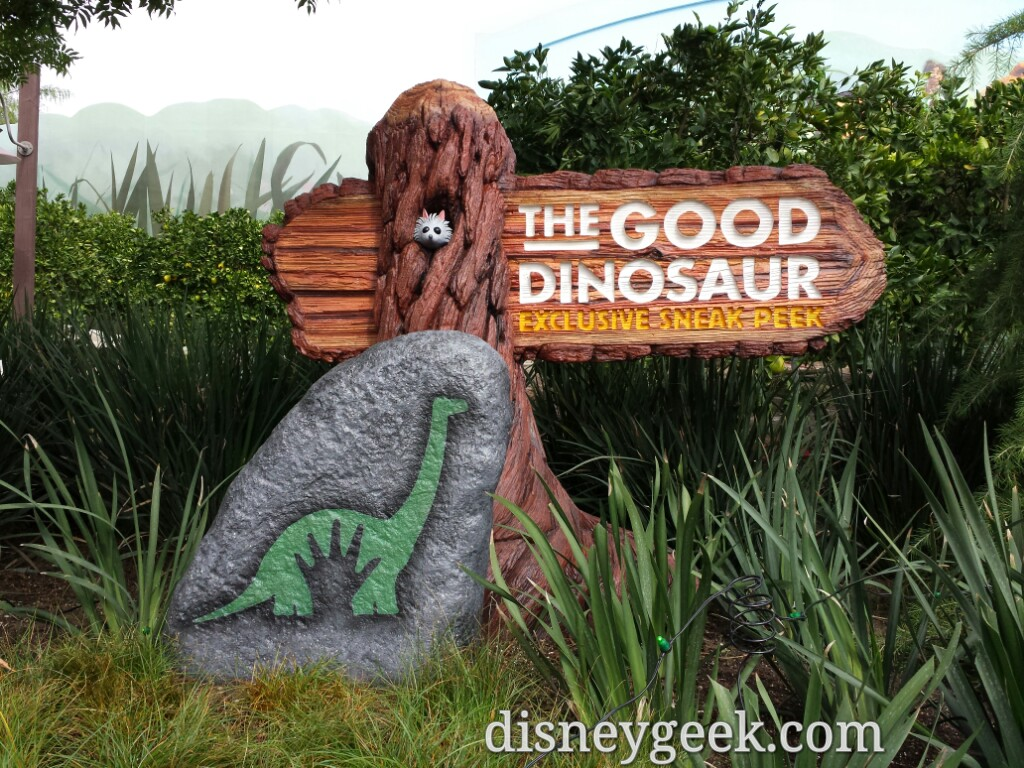 The Good Dinosaur sneak peek signage