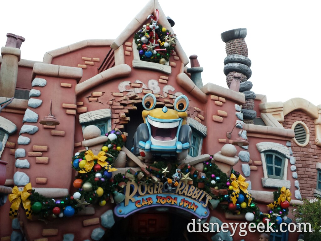 Most of the #Christmas decorations are up in Toontown #Disneyland
