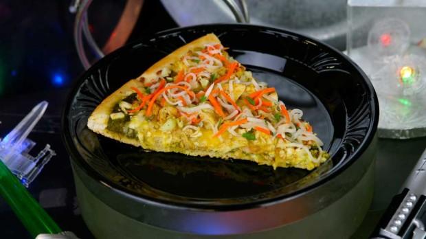 Dark Side Chicken Curry Specialty Pizza