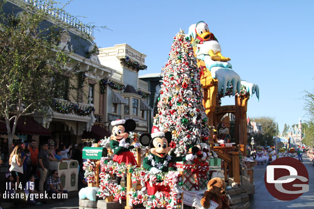 Mickey, Minnie, Donald, Chip and Dale on the Wrapping Room Float