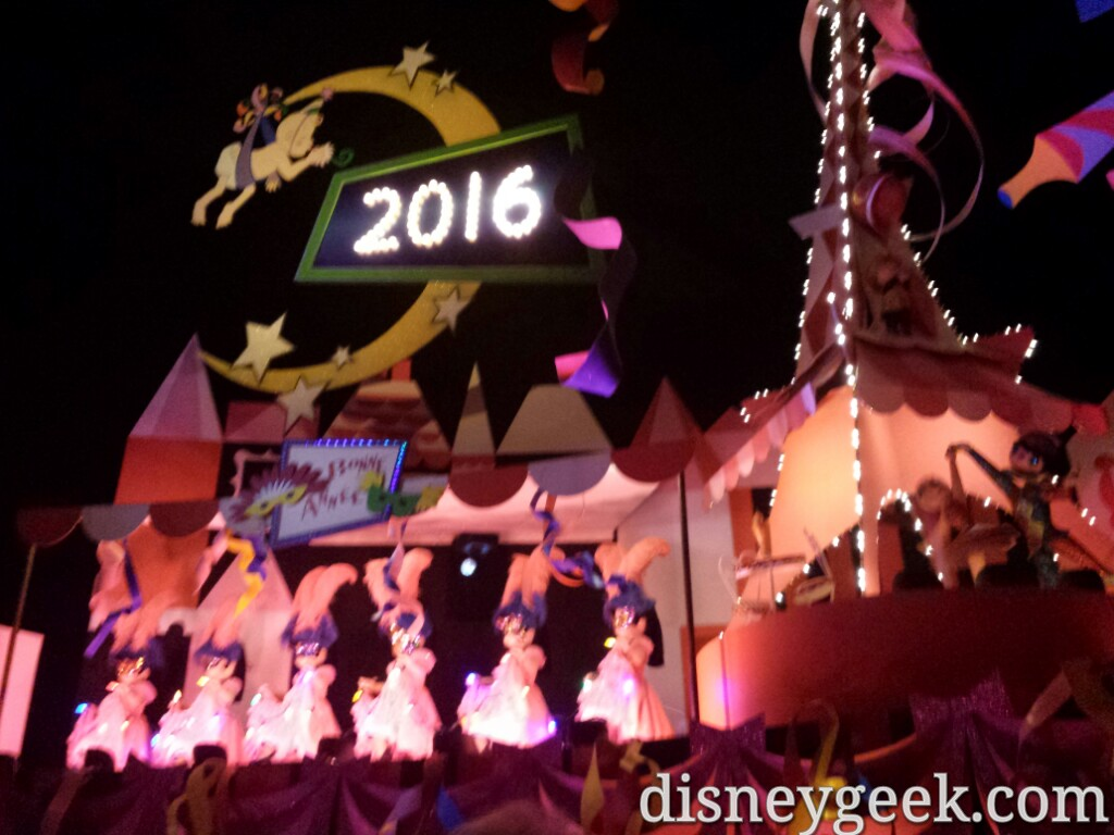 Small World Holiday #Disneyland #DisneyHolidays