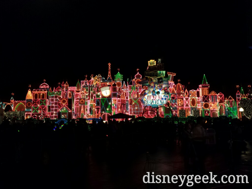 Small World Holiday lights this evening #Disneyland