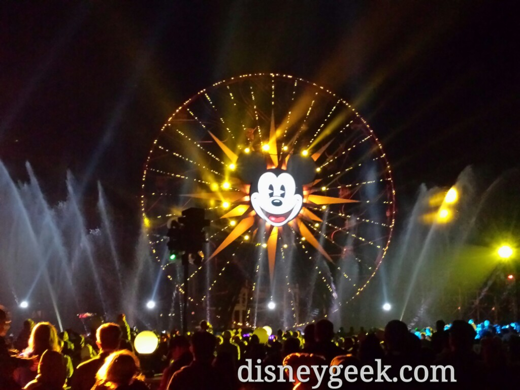 Closing out my night with World of Color Winter Dreams
