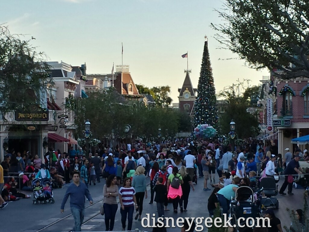#Disneyland Main Street USA @ 4:10pm