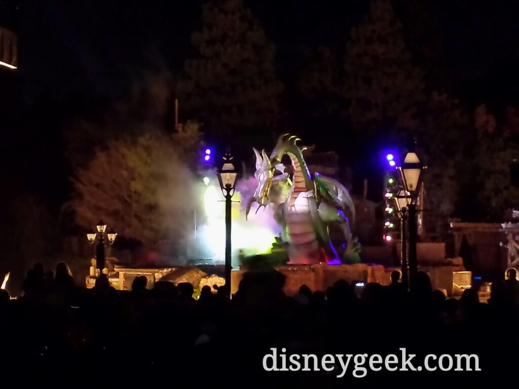 #Fantasmic Dragon #Disneyland