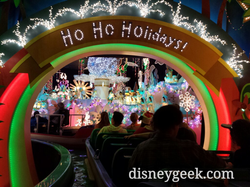 Stopped on it's a Small World Holiday for several minutes now #Disneyland