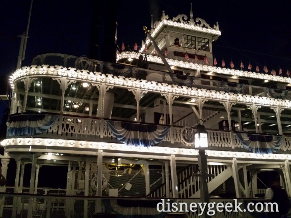 Thanks to early sunset a few after dark Mark Twain cruises are available, last one at 5:45pm #Disneyland