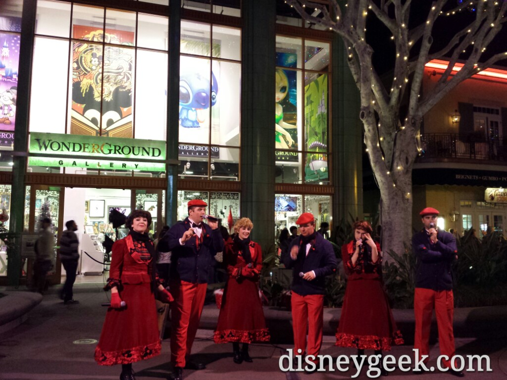 #Christmas carolers in Downtown #Disney