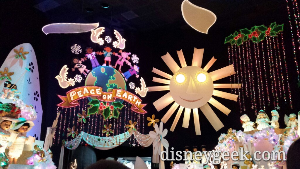Small World Holiday finale #Disneyland #DisneyHolidays