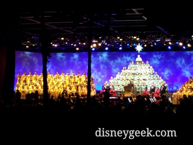 The Candlelight Processional - Joe Morton was the guest narrator.