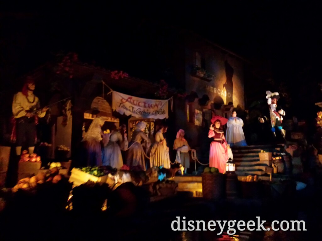 Pirates of the Caribbean at the Magic Kingdom #WDW