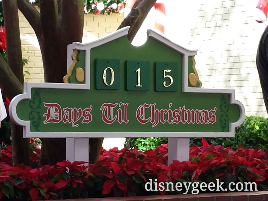 A reminder 15 days till #Christmas #WDW