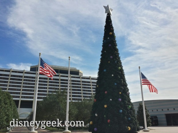 Contemporary Resort Christmas Tree