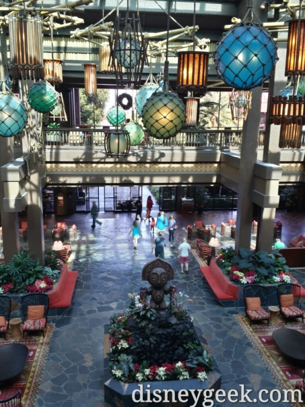 Next stop the Polynesian Village Resort to see the lobby it still had curtains/walls up last year when I visited.