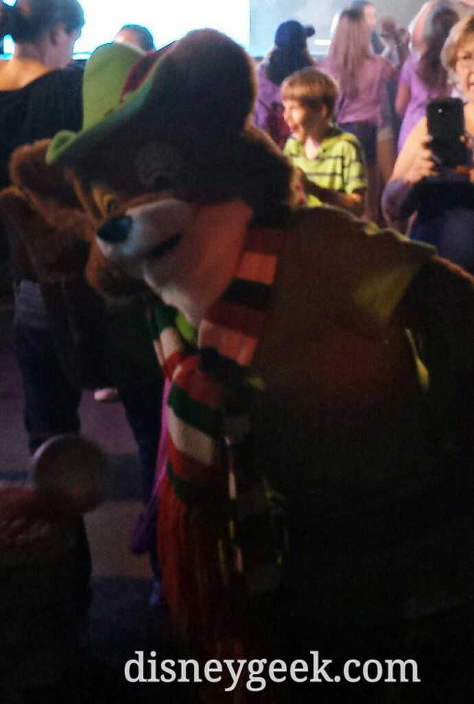 Robin Hood at the dance party in Disney's Hollywood Studios