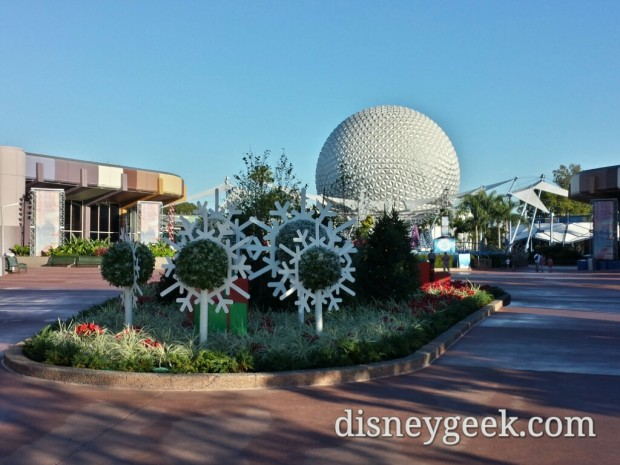 Made it to Future World.  Stopped for a picture of the snowflakes and Spaceship Earth
