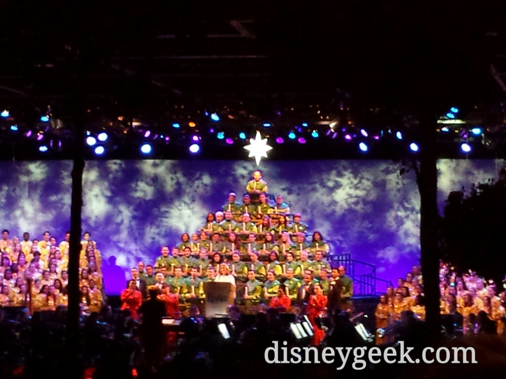 Meredith Viera is the Candlelight Narrator this weekend #Epcot #DisneyHolidays