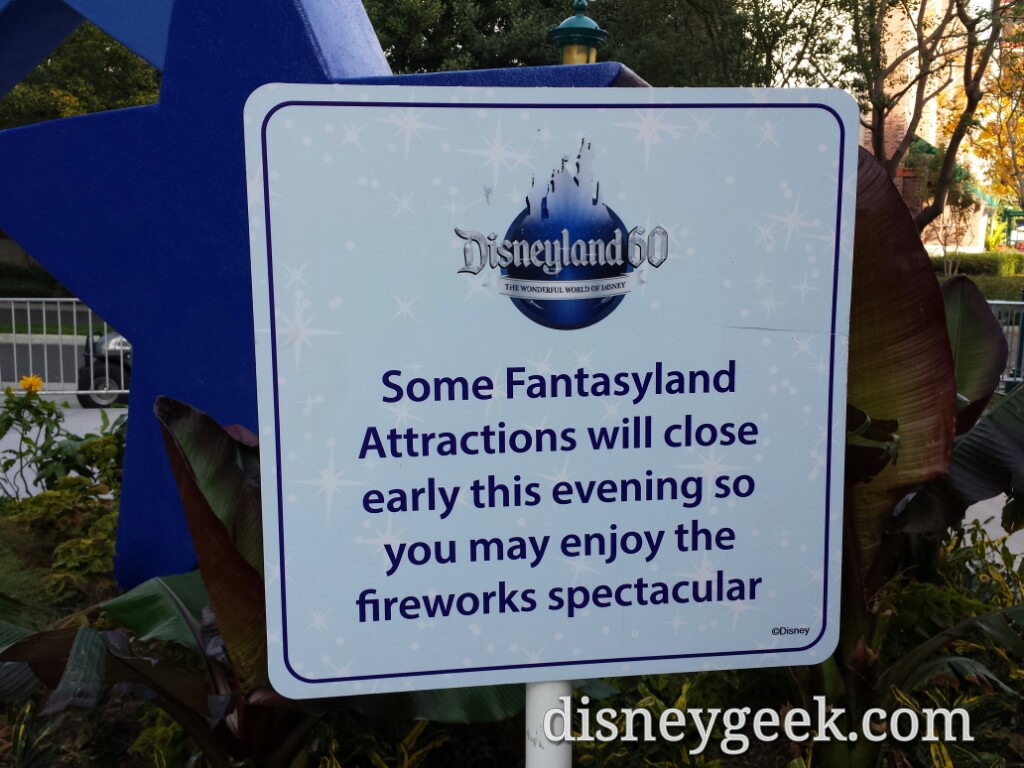 Signs warning of tonight's early closing of some attractions #Disneyland
