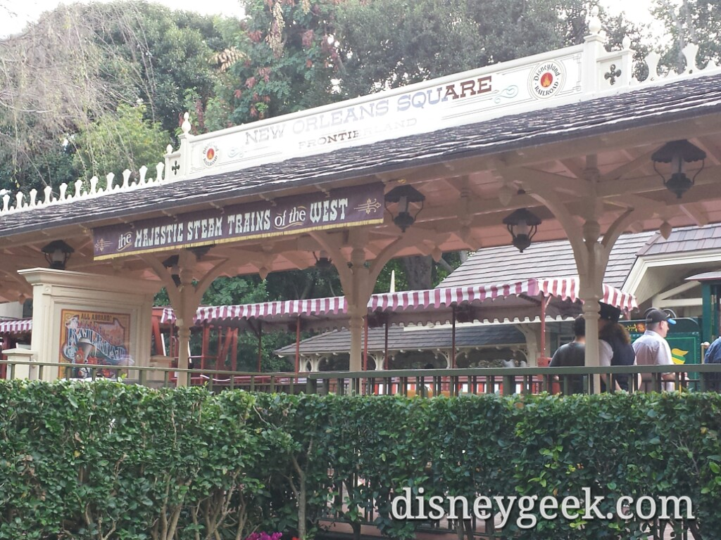 Frontierland is accessible for pictures & a different view #Disneyland