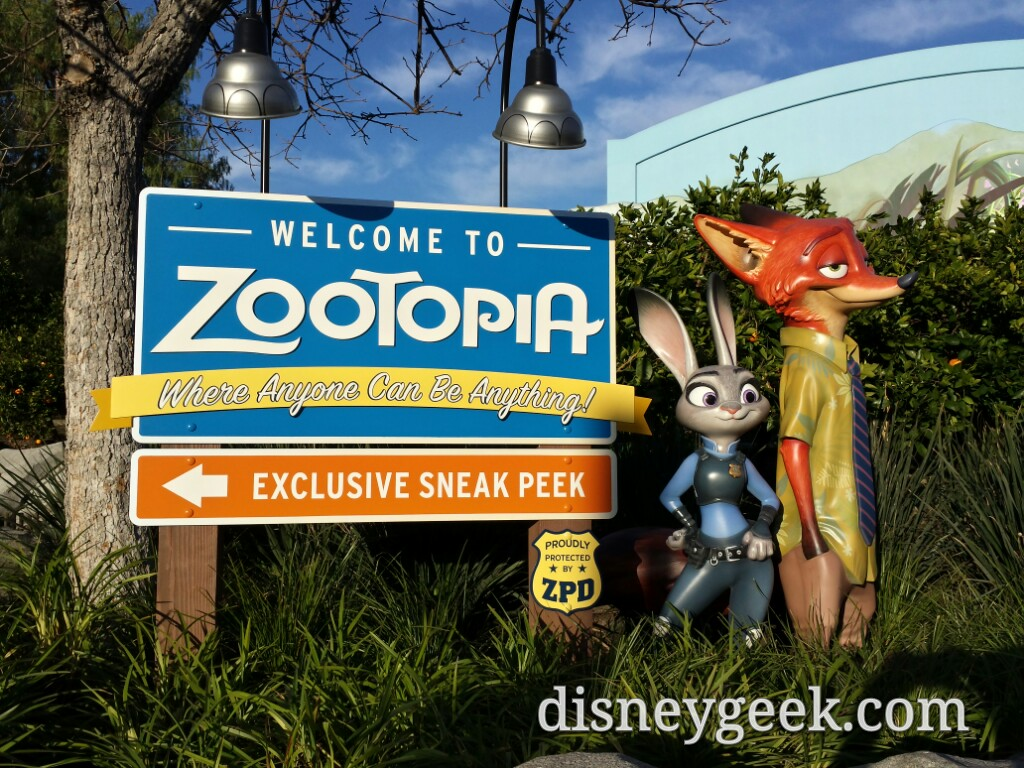 #Zootopia preview has moved into the Bug's Theater