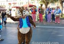 Chip dancing with guests while the Straw Hatters played in Town Square #Disneyland
