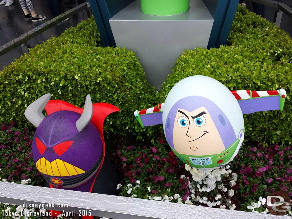 Buzz & Zurg in Tomorrowland