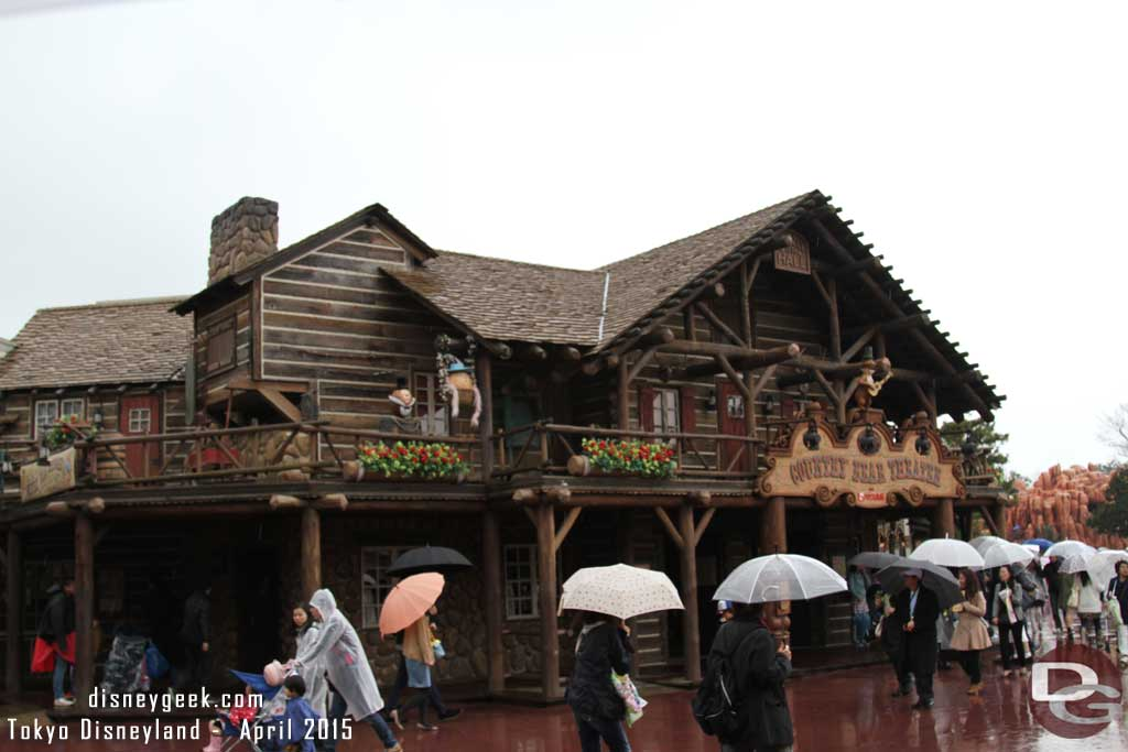 Grizzly Hall, home of the Country Bear Jamboree had Henry and Teddi Berra